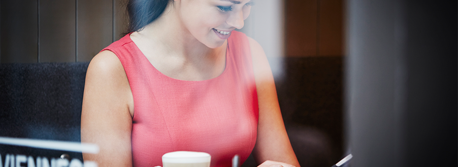 woman-in-cafe-on-phone